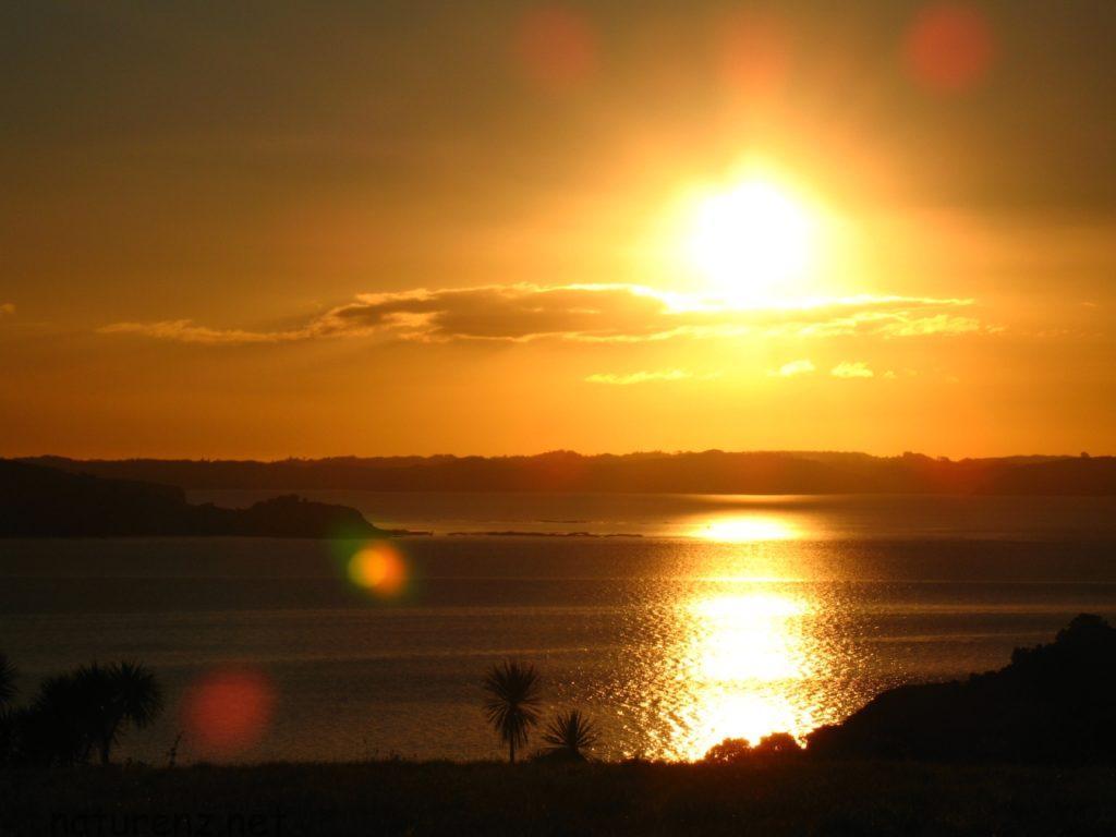 ティリティリ島の日が暮れる