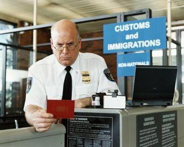 NZ入国。100人並んだ税関で、なぜ僕だけ別室検査になったのか。