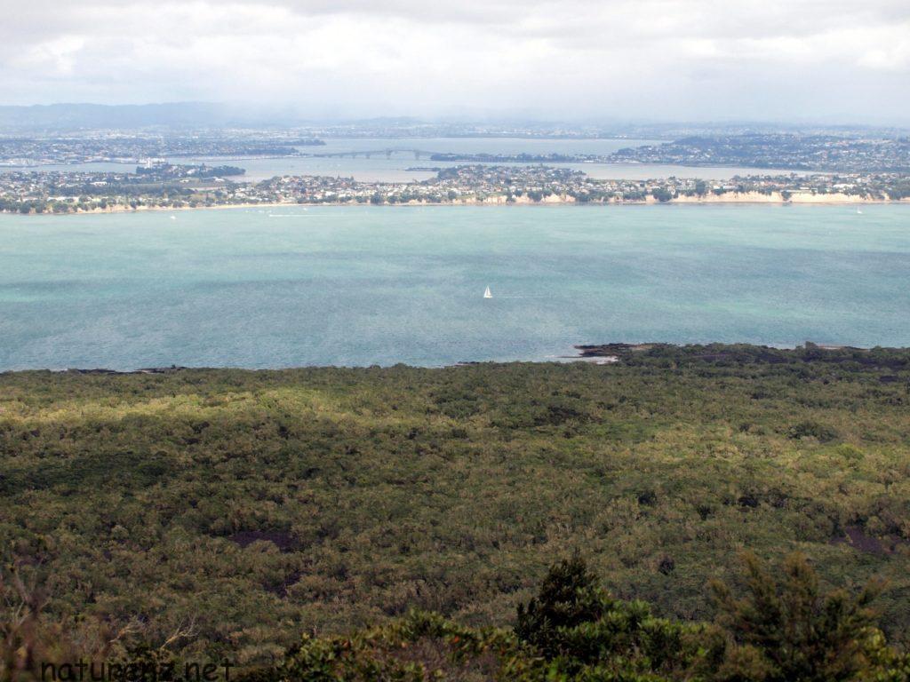 ランギトト島 頂上からのパノラマ