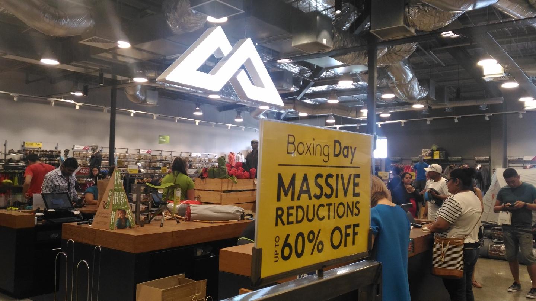 最大60%オフ!ボクシングデーが一年でも最も割引率が高い日だ。