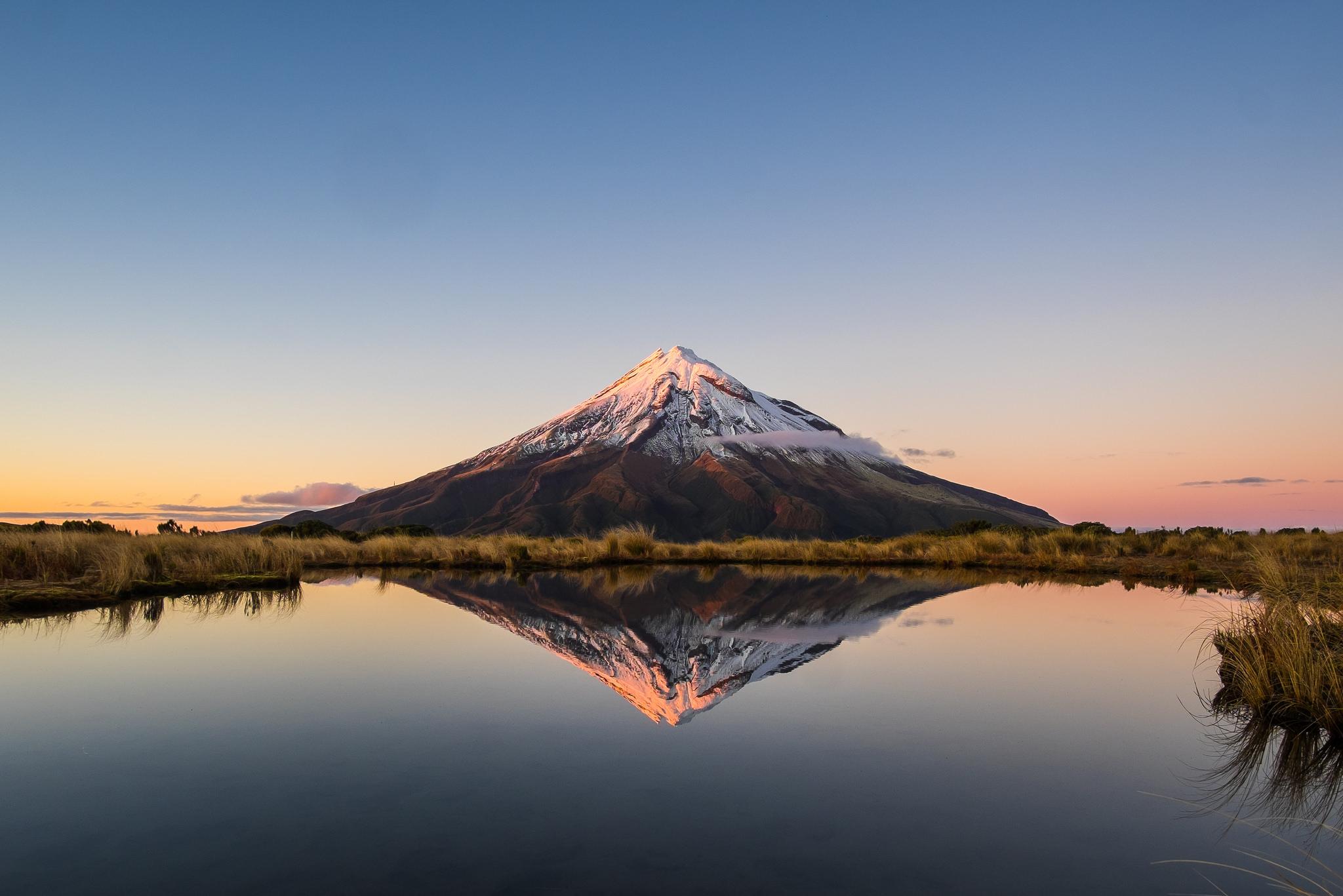 北島一の絶景!水面に映るタラナキ山はどうやって撮る?