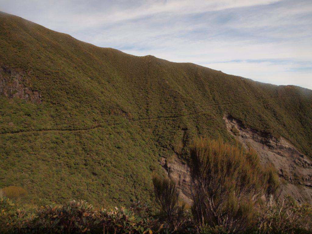 タラナキ山のポウアカイ・サーキット