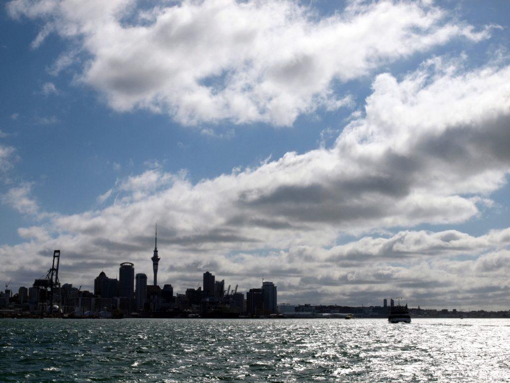 『帆の街』オークランド。フェリーに乗ってのんびり観光にでかけよう