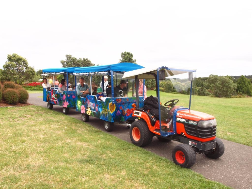 オークランド植物園のほのぼのツアー。