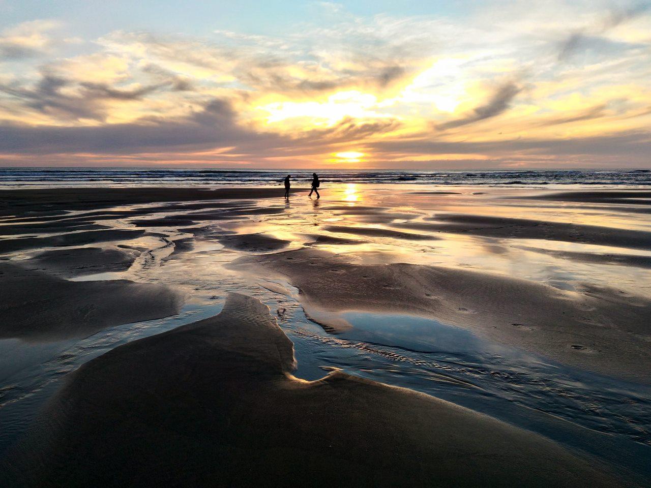 カレカレビーチ。オークランドで一番の夕日スポットだ。